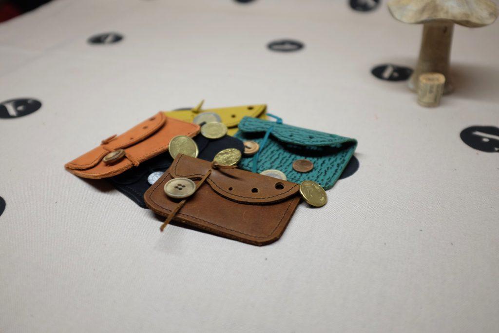 porte-monnaie-cuir-fait-main-artisanat-07